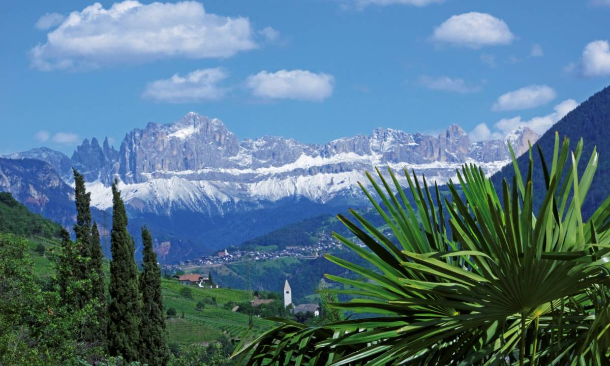 Interesting information about the Dolomites: