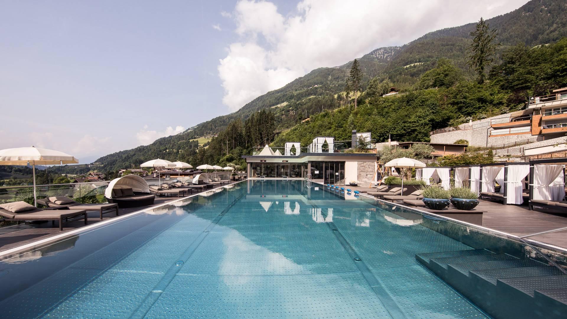 Urlaub Bei Meran 5 Sterne Hotel In Südtirol Luxushotel Südtirol 5