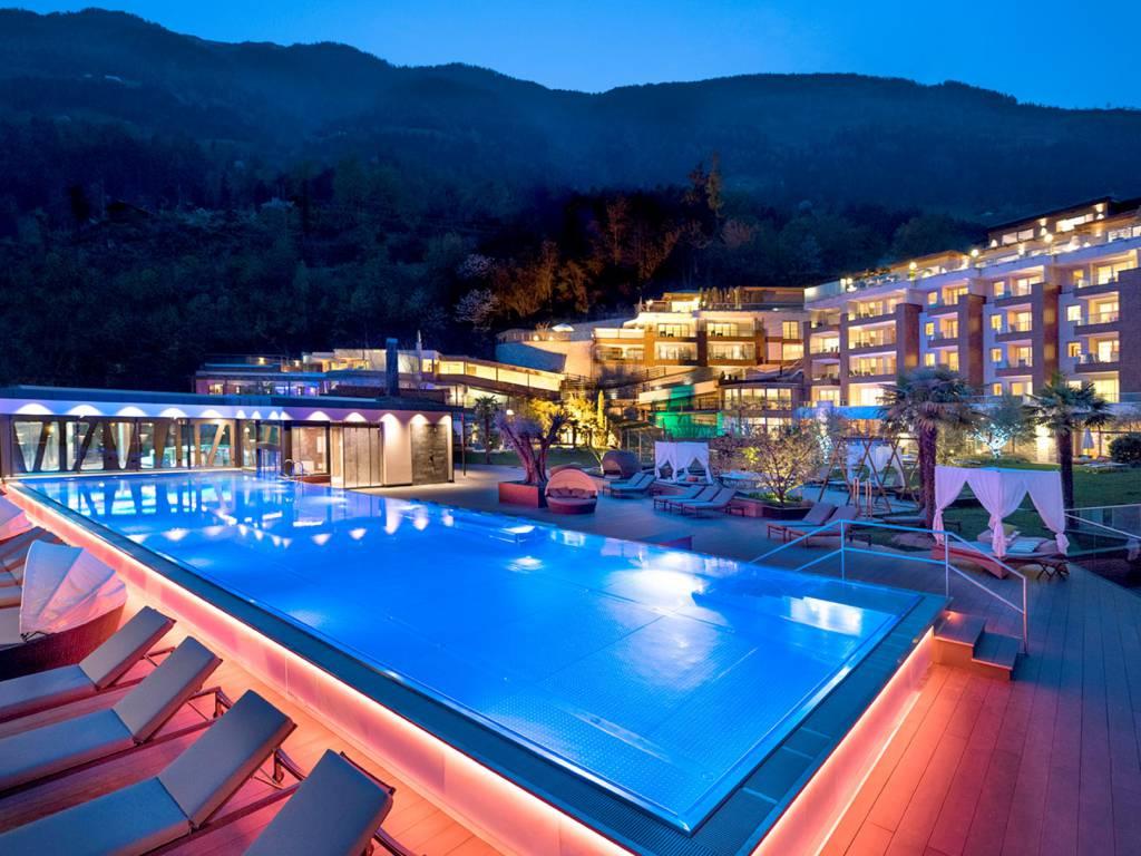 Urlaub Bei Meran 5 Sterne Hotel In Sudtirol Luxushotel Sudtirol 5